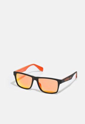 UNISEX - Sunglasses - matte black/bordeaux