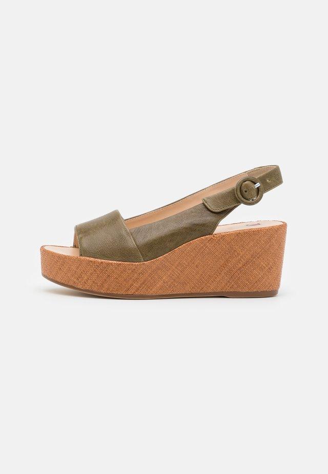 SEASIDE - Sandały na platformie - moss