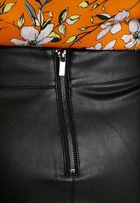 Dorothy Perkins Curve - SPLIT FRONT MIDI SKIRT - Pouzdrová sukně - black - 4