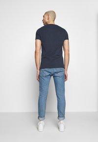 Superdry - INFILL STORE TEE - Print T-shirt - lauren navy - 2