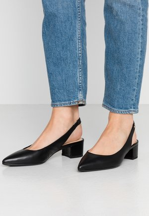 FEMININE LEATHER MID HEEL PUMP - Escarpins - black