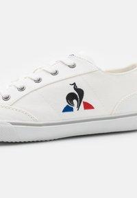 le coq sportif - COTTREAU UNISEX - Trainers - white - 5