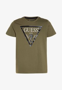 Guess - CORE JUNIOR  - T-shirt z nadrukiem - light military green - 0