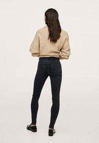 Mango - SOHO - Jeans Skinny Fit - open grey - 2