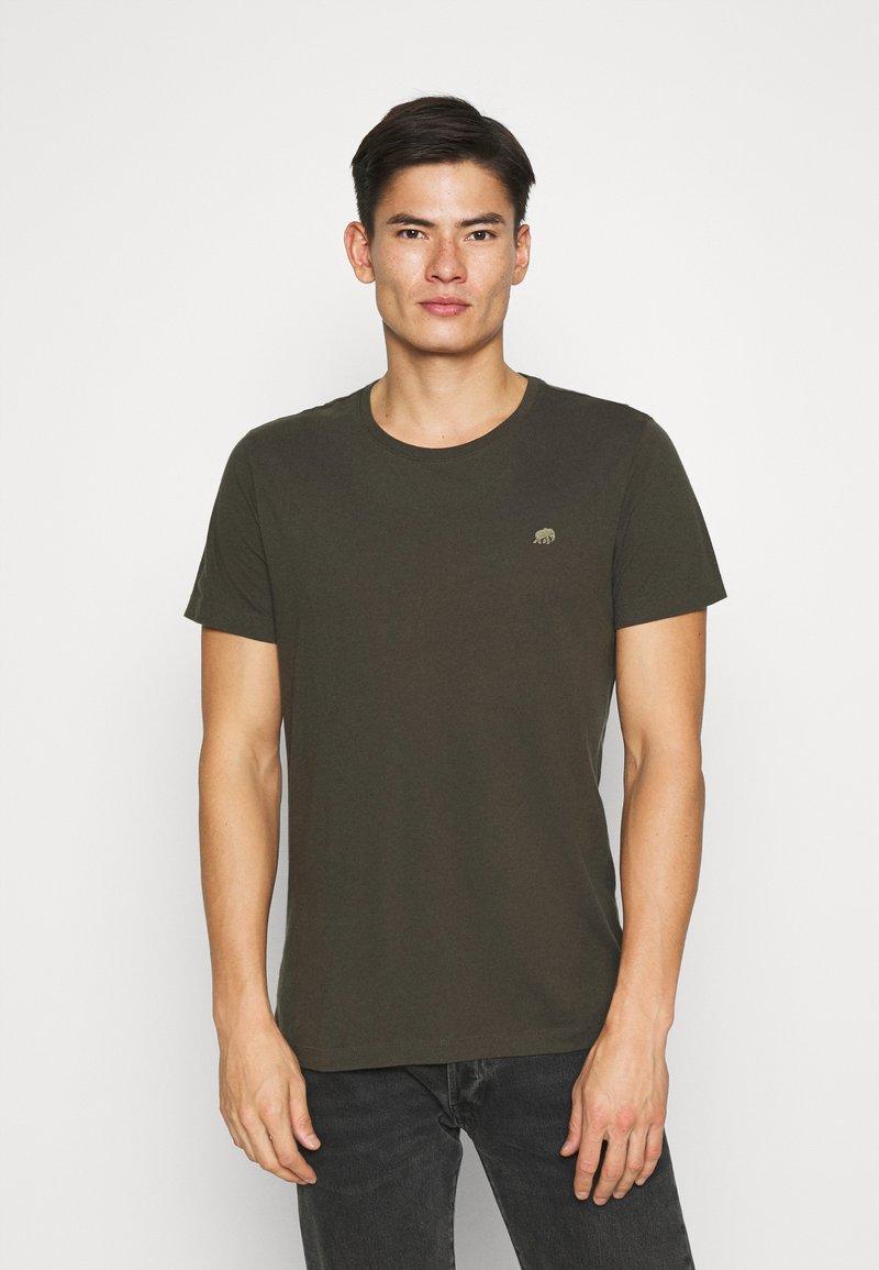 Banana Republic - LOGO SOFTWASH TEE - Basic T-shirt - nightshade global