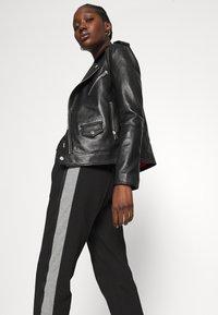 Calvin Klein - MILANO PANTS - Teplákové kalhoty - black - 3