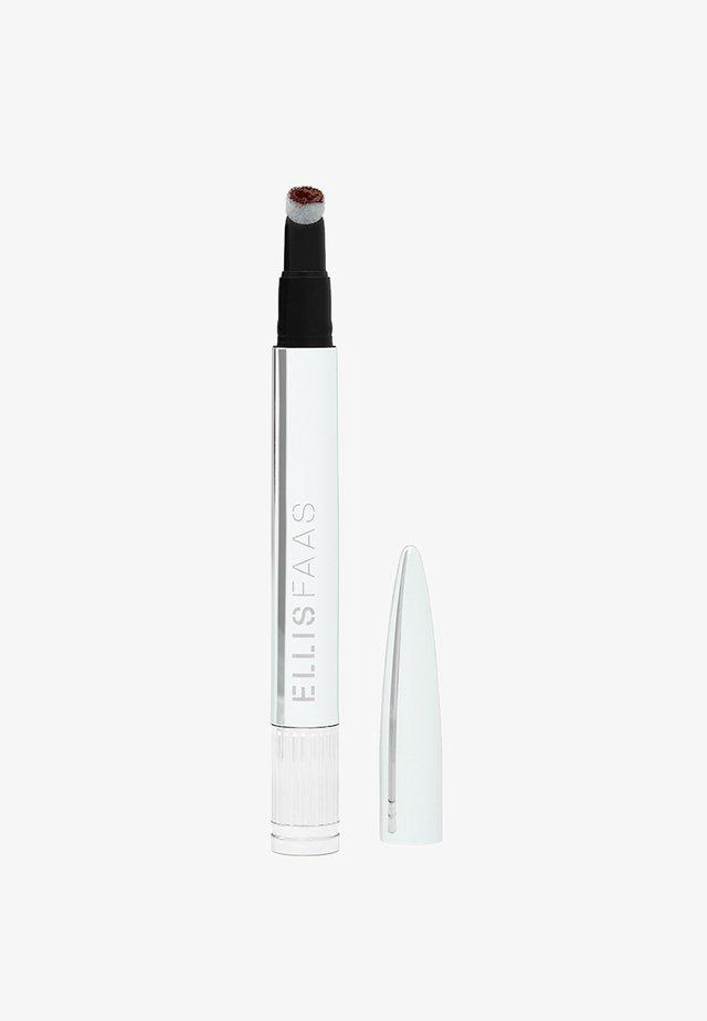 CREAMY LIPS - Liquid lipstick - deep plum wine