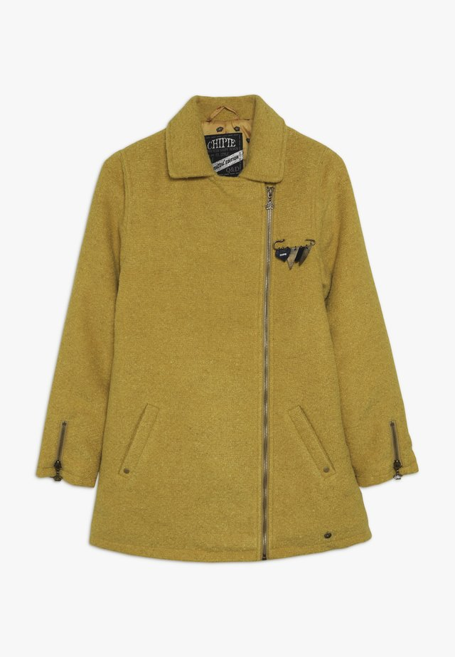 COAT - Halflange jas - mustard