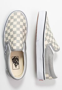 Vans - CLASSIC UNISEX - Loaferit/pistokkaat - silver/true white - 3