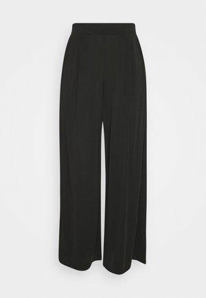 VIMODELINA CROPPED PANTS  - Spodnie materiałowe - black