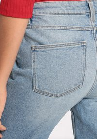 Cache Cache - GEWASCHENE MOM JEANS - Jeans Tapered Fit - denim double stone - 3