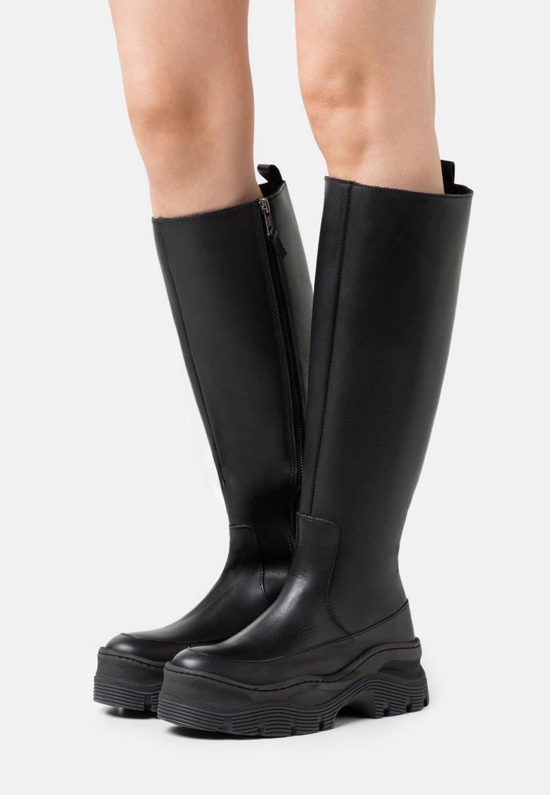 Zign - Platform boots - black