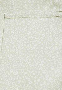 TOM TAILOR DENIM - MINI  WRAP DRESS - Day dress - green - 2
