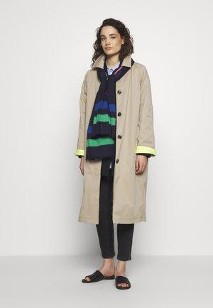 Šátek - black/multi-coloured