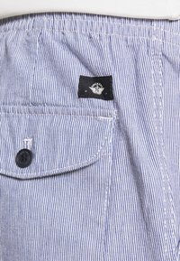 DOCKERS - PULL ON - Shorts - blue - 4