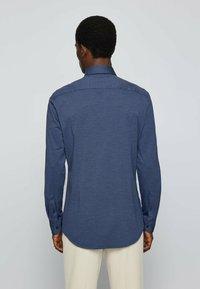BOSS - P HANK KENT - Formal shirt - open blue - 2
