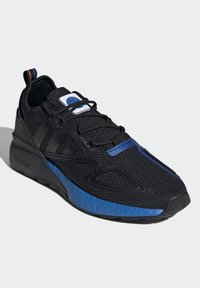 adidas Originals - ZX 2K BOOST UNISEX - Sneakers basse - core black/glow blue - 2