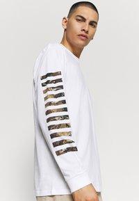 Carhartt WIP - Long sleeved top - white - 4