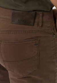 BRAX - STYLE CADIZ - Straight leg jeans - nougat - 3