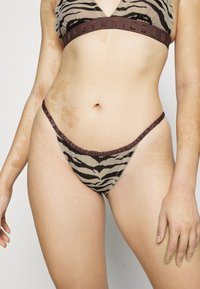 LOVE Stories - ISABEL - Briefs - zebra tiger - 0