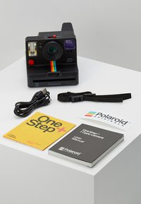 Polaroid - ONESTEP + - Camera - black - 3