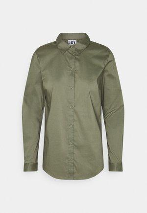 Košile - kalamata