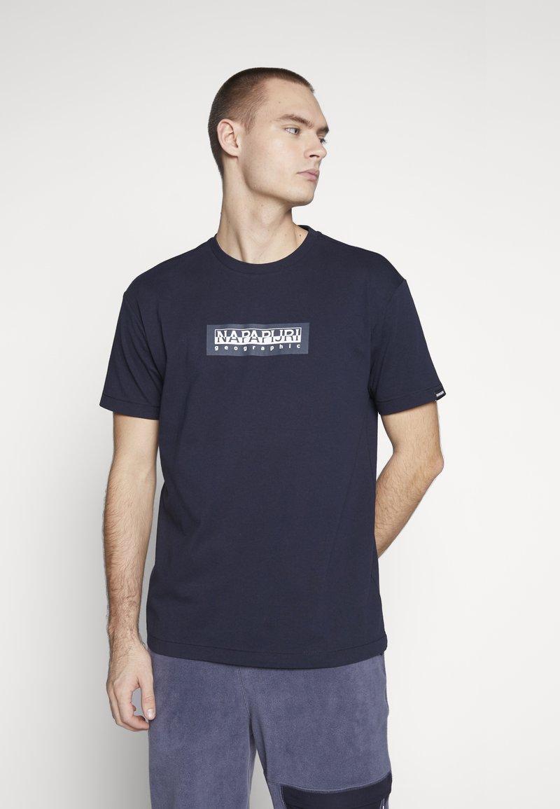 Napapijri The Tribe - SOX  - Print T-shirt - blu marine