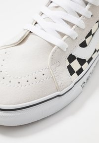 Vans - SK8 REISSUE - High-top trainers - white/black - 6
