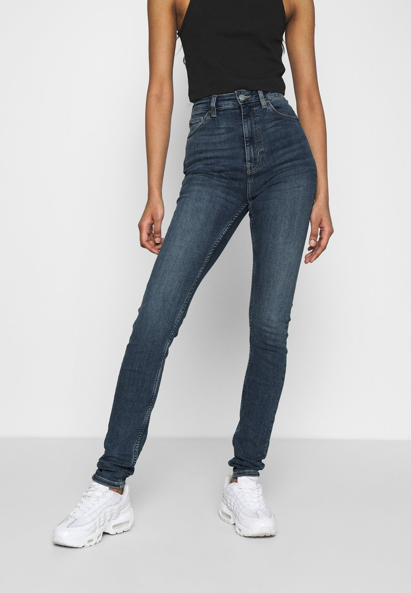 Weekday - BODY HIGH - Jeansy Skinny Fit - mid blue