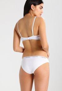 Calvin Klein Underwear - CAROUSEL - Slip - white - 2