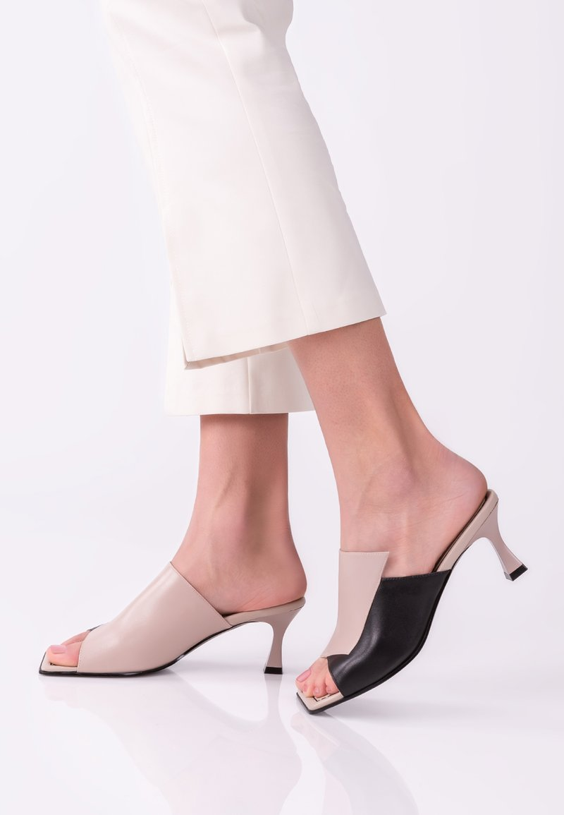 TJ Collection - Heeled mules - beige