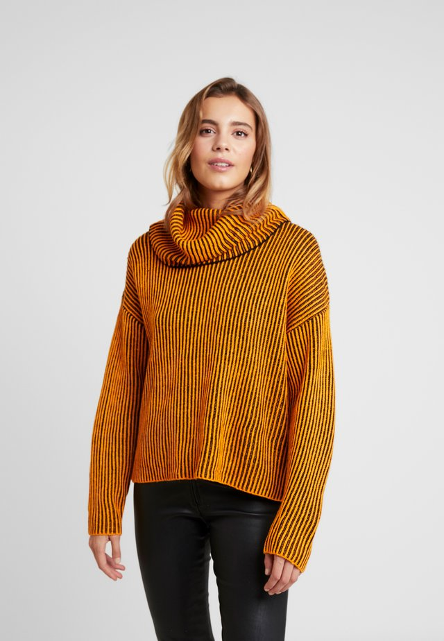 Strickpullover - orange/black