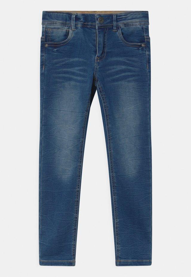 NMMTHEO  - Slim fit jeans - medium blue denim