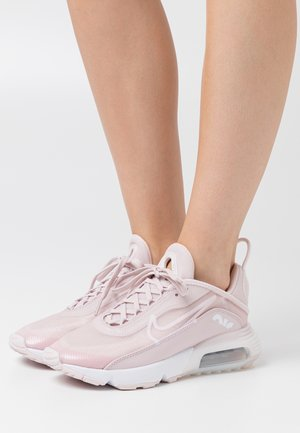 AIR MAX 2090 - Sneakers laag - barely rose/white/metallic silver