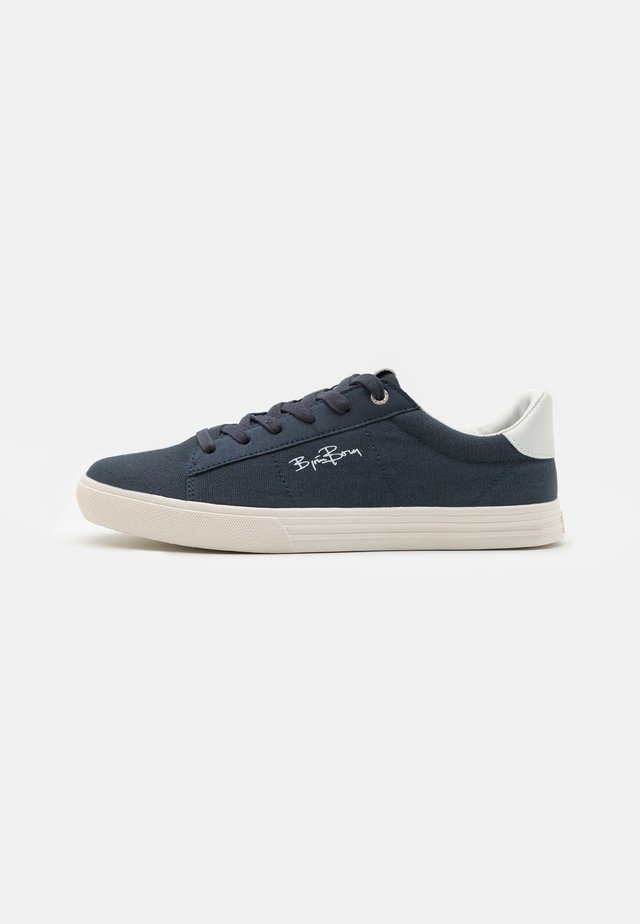 V100 - Trainers - navy