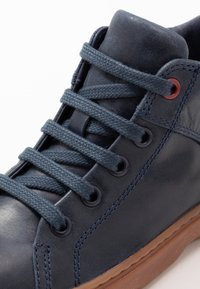 Camper - KIDO KIDS - Lace-up ankle boots - navy - 2