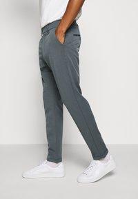 Les Deux - COMO SUIT PANTS SEASONAL - Trousers - blue fog - 3