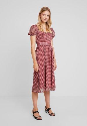 CHECK PUFF SLEEVE DRESS - Vestido informal - rust