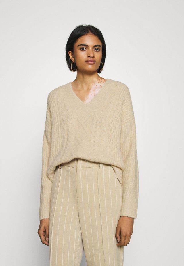 SELINA JUMPER - Sweter - beige