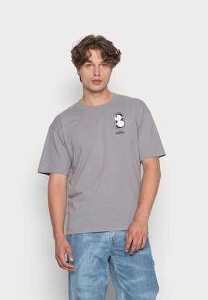 SHIBUYA - Print T-shirt - garment washed
