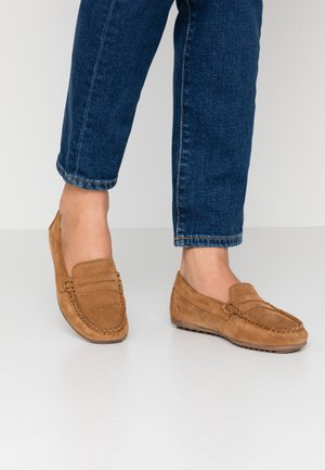 LEATHER MOCCASINS - Mokasíny - cognac
