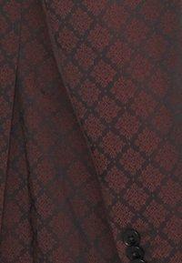 Shelby & Sons - BELLEVUE SUIT SET - Completo - burgundy - 7