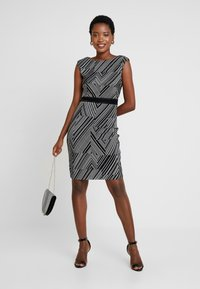 Esprit Collection - PRINTED PLISSE - Shift dress - black - 2