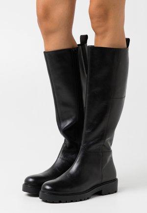 KENOVA - Vysoká obuv - black