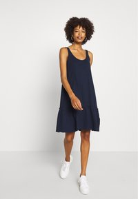 TOM TAILOR DENIM - DRESS WITH BACK DETAIL - Jersey dress - real navy blue - 1