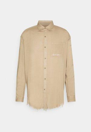 FRAYED PLAIN UNISEX - Skjorter - light brown