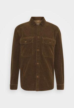 ARMY OVER SHIRT - Skjorta - chocolate brown
