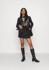 ONLY - ONLZILLE NAYA SMOCK - Long sleeved top - black/femme - 1