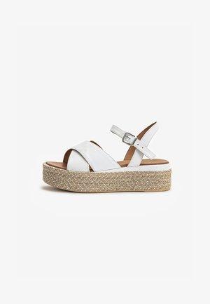 Sandalen met plateauzool - white wht
