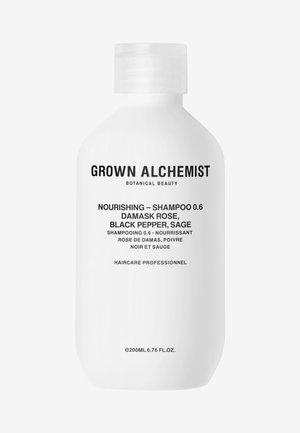 NOURISHING-SHAMPOO 0.6 DAMASK ROSE, BLACK PEPPER, SAGE - Shampoo - -